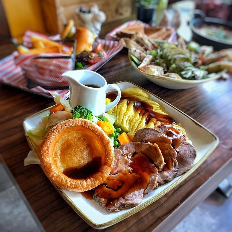 halal sunday roast london