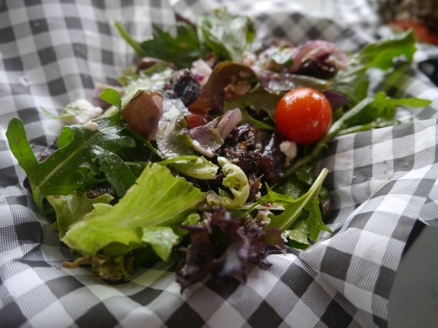 Asta Signature Salad with Dates [£3.95]