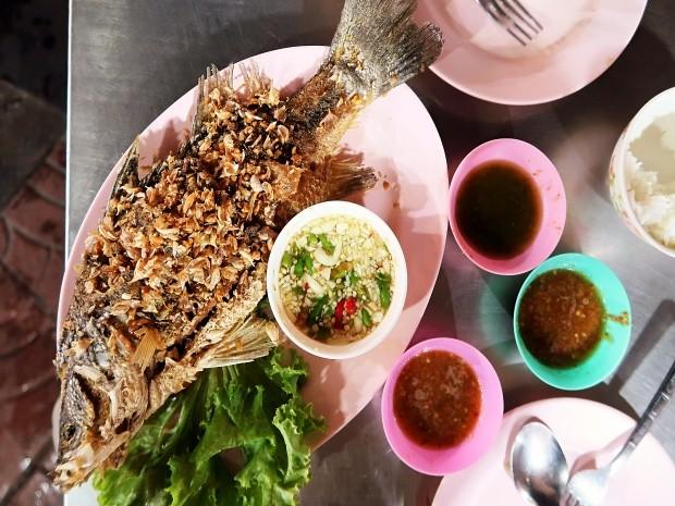 Garlic Fried Fish w/ Rice from Lek & Rut