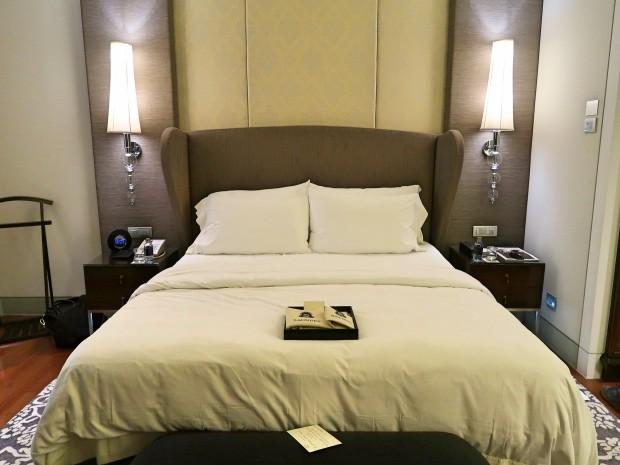 St Regis Bangkok Bedroom