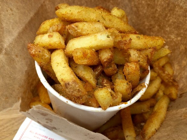 Cajun Style Fries [AED21 ≈ £3.80 x 2]