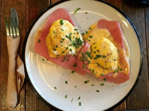 Eggs Benedict [£8.00]