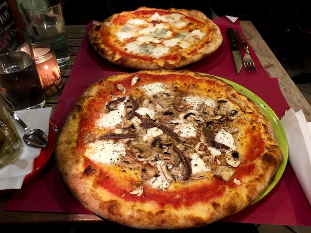Funghi Pizza for me and Quatro Fromagi for BW