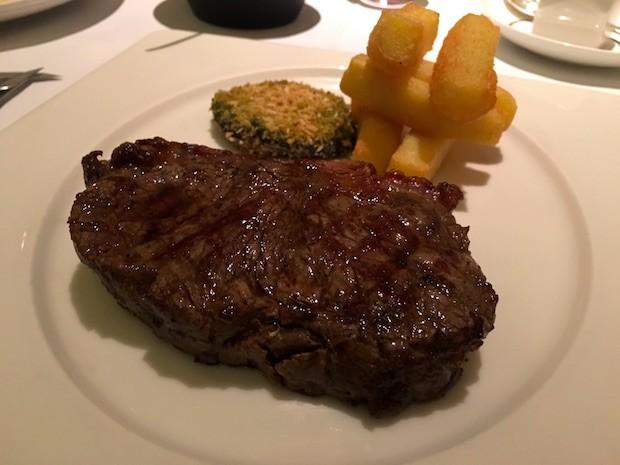 Sirloin Steak with Chips [£32.00] w/ Green Peppercorn Sauce [£2.00]